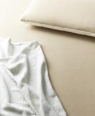 安眠のためのマットレス選びに、アレルゲン対策を考える新常識。