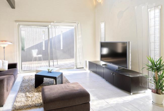 「遮熱」と「断熱」の違いを知ればわかる!窓辺は内側の遮熱対策がポイント。